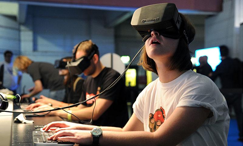 Học với công nghệ thực tế ảo VR